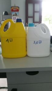 can nhựa 3lit8 và can 4lit